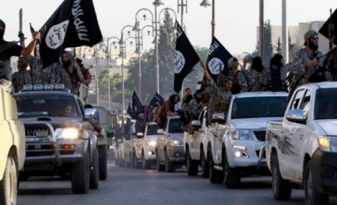 IŞİD Kobani'ye 4 km mesafede