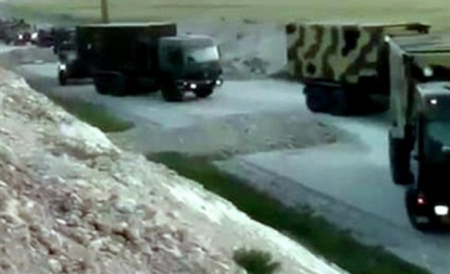 IŞİD Türk kamyonlarını görüntüledi