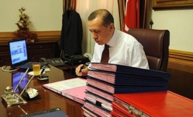 İşte Erdoğan'ın masasındaki son anket