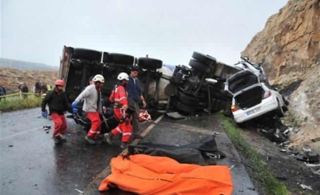 Kazada ölenlerin kimlikleri açıklandı