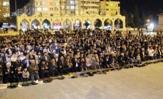 Mısır'ı protesto ettiler
