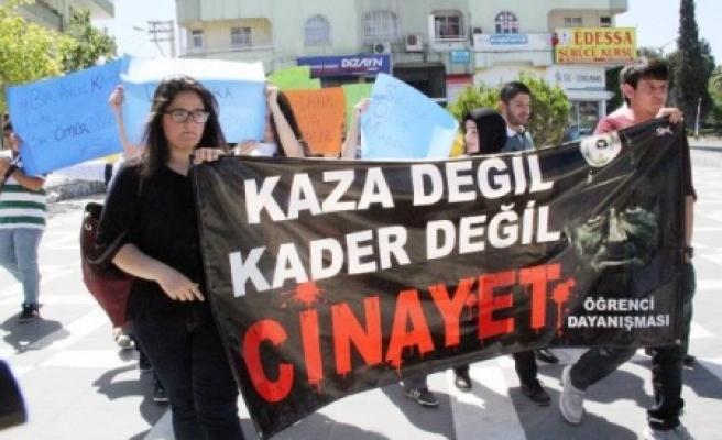 Öğrencilerden soma protestosu