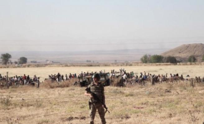 Sınırda askere hazır ol emri