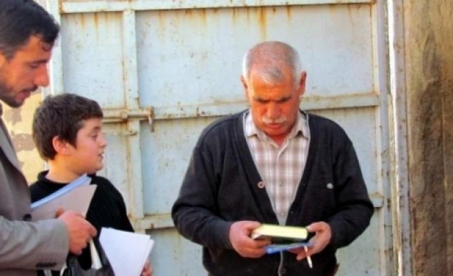 Siverek'te 2 Bin 80 Adet Kur'an-I Kerim Dağıtıldı