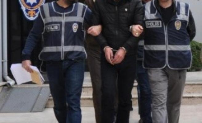 Suriyeli  Çete 3 Kadını Dolandırdı