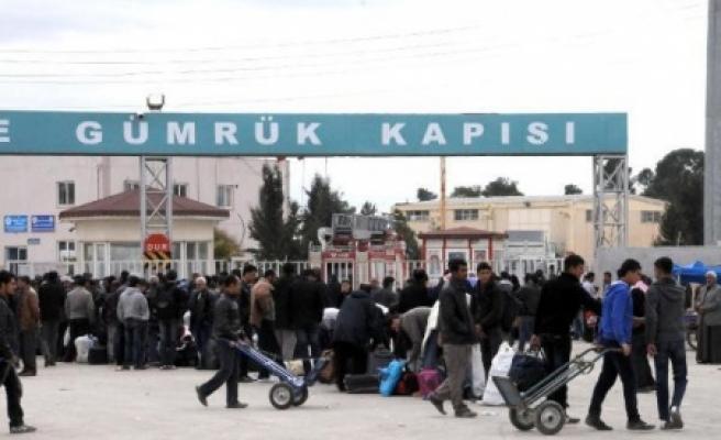 Suriyeliler, ülkelerine geri dönüyorlar