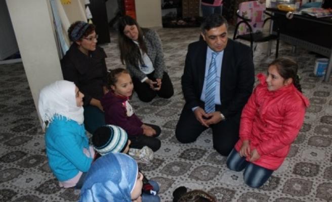 Uluslararası derneklere ziyaret
