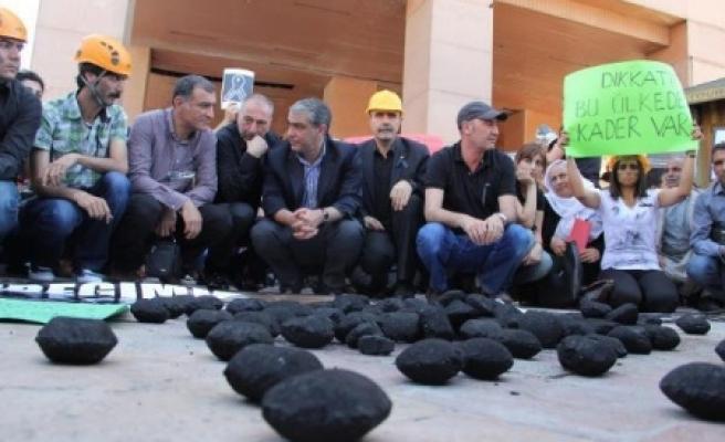 Urfa'da kömürlü protesto!