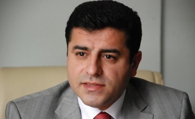 Urfa'dan Demirtaş'a destek