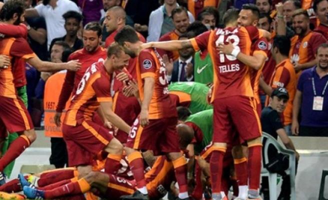 Ve Galatasaray ilan etti...