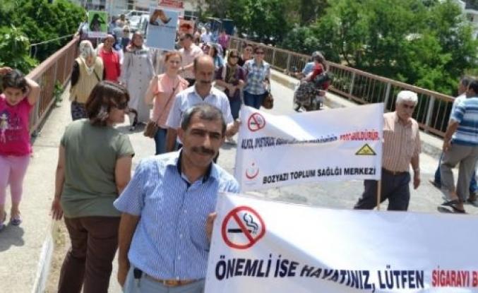 Bozyazı'da Kadınlara Sigaranın Zararları Anlatıldı