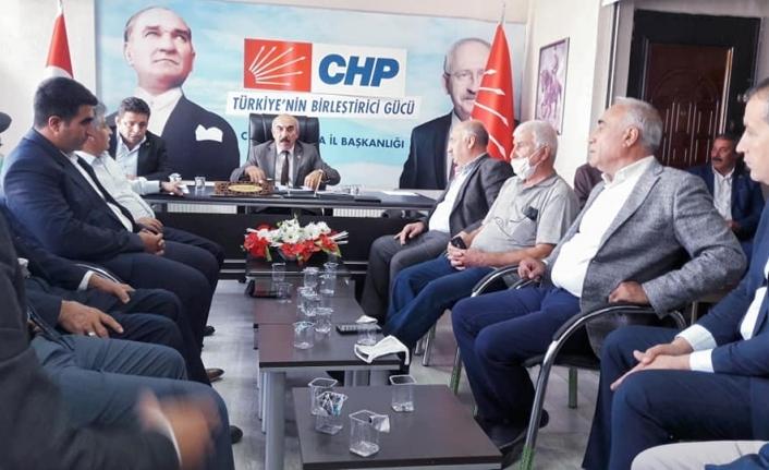 CHP Urfa teşkilatı, ilçe başkanlarıyla toplantı yaptı