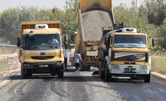 Harran'da grup yolları yenileniyor