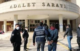 Urfa'da 8 kişi yakalandı