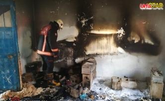 Ceylanpınar'da elektrikli soba evi kül etti